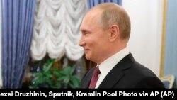 Le président russe Vladimir Poutine lors d'une interview avec la NBC News au Kremlin, en Russie, à Moscou, 1er mars 2018.