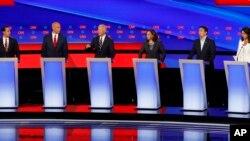 Дебаты претендентов на номинацию от Демократической партии