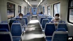 Arjantin'in başkenti Buenos Aires'te bir trenin içi