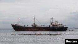 Salah satu kapal penangkap ikan Eropa (foto: dok). Greenpeace mengecam penangkapan ikan secara besar-besaran oleh kapal-kapal Eropa.