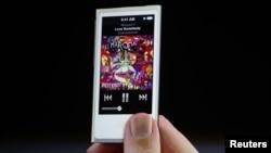iPod Nano yang diperkenalkan saat peluncuran iPhone 5 di San Francisco, California (foto: dok).