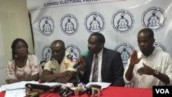 A pesar de las limitaciones en Haití, el Consejo Electoral espera que las elecciones se realicen con normalidad. [Foto: VOA, Servicio Creole].