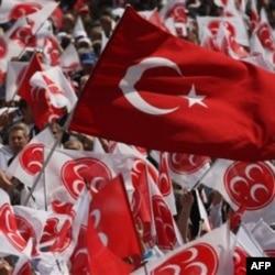 Erdog'an muxolifat bilan kelisha oladimi?