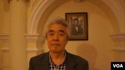 前共同社《中国观察》周刊总编辑坂井臣之助认为,日本应密切关注中国渔船这次集结尖阁诸岛的动向。(美国之音歌篮拍摄)