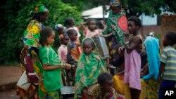 Markaziy Afrika Respublikasi poytaxtidagi musulmonlar, 10-aprel, 2014-yil.