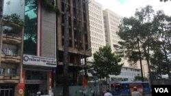 Tòa nhà dang dở của ông Trịnh Vĩnh Bình tại Sài Gòn