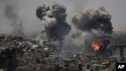 En total, 5.805 civiles podrían haber muerto en ataques de la coalición durante los combates por el oeste de Mosul, según indicó Amnistía Internacional.