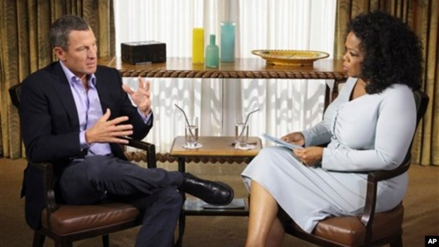 Talk-show host Oprah Winfrey interviews cyclist Lance Armstrong during taping for the show 'Oprah and Lance Armstrong: The Worldwide Exclusive,' in Austin, Texas, January 14, 2013.