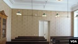 喀山大學中列寧曾經使用過的教室。 (美國之音白樺拍攝)
