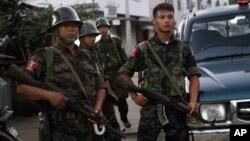 Tentara pemberontak Myanmar di dekat perbatasan China (foto; dok).