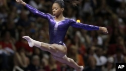 لندن اولمپکس میں حصہ لینے والی امریکی جمناسٹ گیبی ڈگلس
