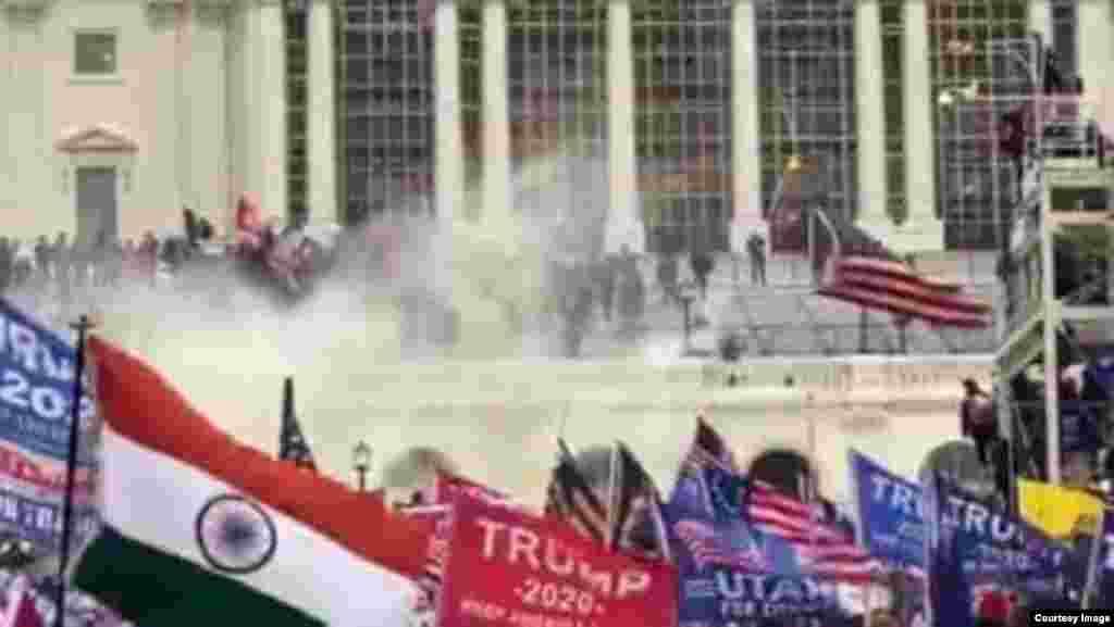 Invasão ao Capitólio por apoiantes do Presidente Donald Trump. Washington DC, 6 Janeiro, 2021