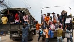 Cambodian Workers Flee an Uncertain Thailand