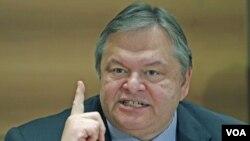 Pemimpin Partai Sosialis dan mantan Menteri Keuangan Yunani, Evangelos Venizelos (foto: dok)