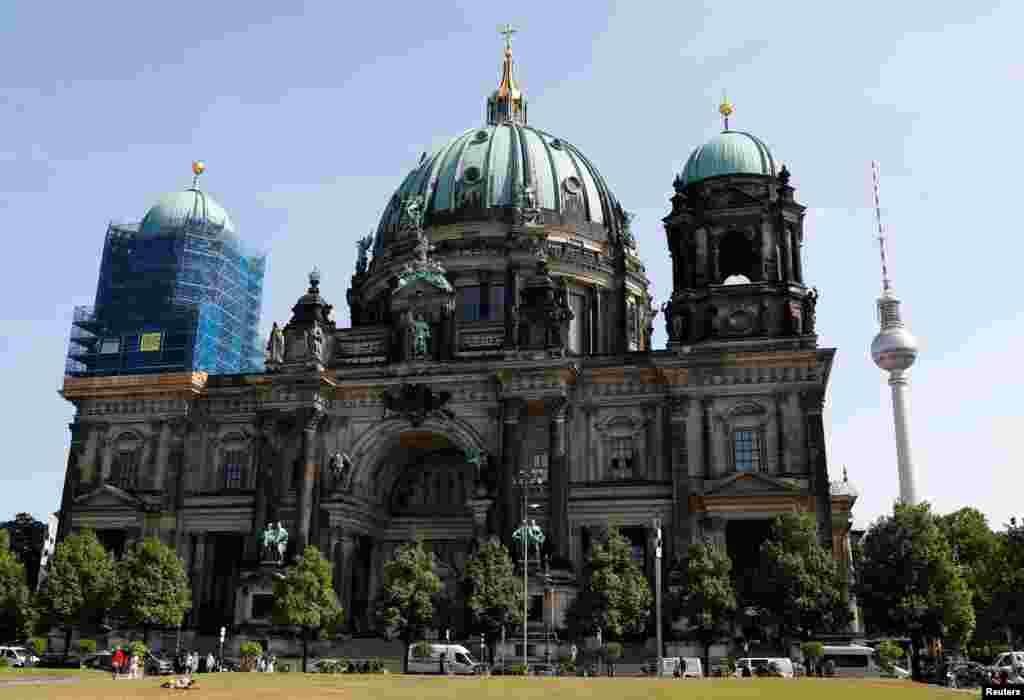عکسی از کلیسای جامع برلین آلمان.