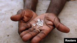 Des diamants illicites au Zimbabwe