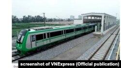 Một đoàn tàu trong ga thuộc tuyến Cát Linh-Hà Đông chưa đưa vào sử dụng.