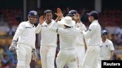 پراگیان اوجھا بھارتی کھلاڑی کے ہمراہ (فائل فوٹو)