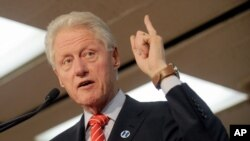 Bill Clinton también dijo que su esposa Hillary es la persona más calificada para la presidencia de EE.UU.