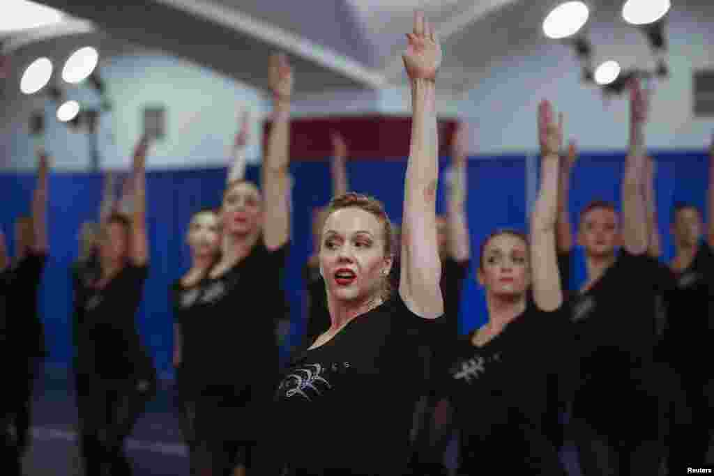 Dancers from the Radio City Rockettes rehearse for the 2013 edition of the Radio City Christmas Spectacular in New York.