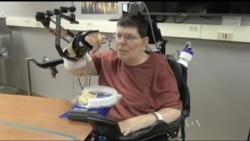 Яким чином американські вчені повертають до життя паралізованих. Відео