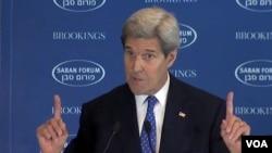 آقای کری می گوید که شماری از رهبران اسراییلی به ایجاد دولت فلسطینی باورمند نیستند.