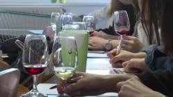 中国学生在法国学习品酒