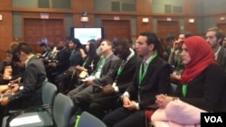 """Young people from around the world attend """"World Bank Group Youth Summit 2015: Crowd-Sourcing Solutions for Climate Change,"""" in Washington, Nov. 17, 2015. (M. Diallo/VOA)"""