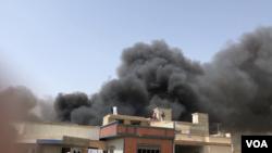 تصویر پس از سقوط طیاره پی آی ای در پاکستان