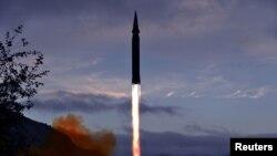 """Запуск ракеты """"Хвасон-8"""" состоялся, как утверждает агентство ЦТАК, в северокорейской провинции Чаганг"""