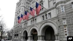 位于白宫不远处的美国首都华盛顿宾夕法尼亚大道上的川普国际酒店