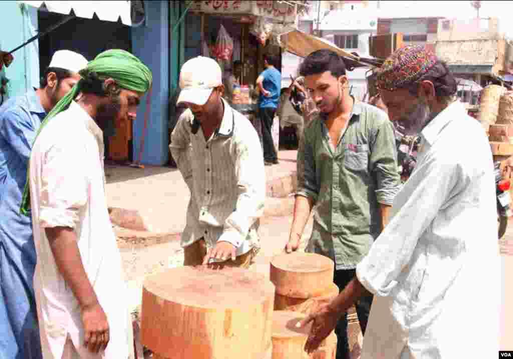 عید میں ایک روز رہ جانے پر ہر چیز کی قیمتوں میں اضافے پر شہری پریشان