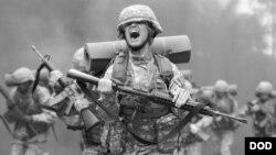 بیش از نصف سربازان در چهار روز نخست تمرینات رنجر حذف می شوند
