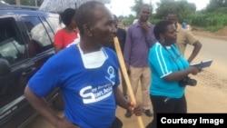 Abasekeli bebandla leTransform Zimbabwe bathanyela ezitaladini eChitungwiza.