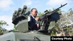 uhuru azindua vifaa vya kisasa vya polisi