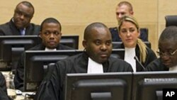 Jean-Pierre Bemba (c.), à la Cour pénale internationale (CPI) de La Haye