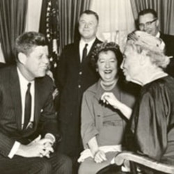 Helen Keller with John F. Kennedy in 1961