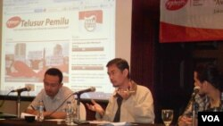 Diskusi tentang penyalahgunaan dana bansos caleg incumbent di Jakarta.