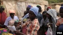 Blessing John, a échappé des mains de combattans de Boko Haram près d'Abuja le 17 décembre 2014. (Chris Stein/VOA)