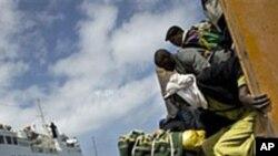 리비아 전쟁으로 대피하는 외국 노동자들