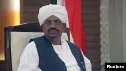 Rais wa Sudan Omar Hassan al-Bashir akizungumza na televisheni ya taifa ya nchi hiyo.