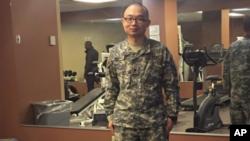 2018年2月穿著美軍軍服的趙姓中國留學生。
