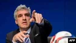 Walter De Gregorio, porte-parole de la Fifa s'exprimant lors d'une conférence de presse, le 27 mai 2015 à Zurich.