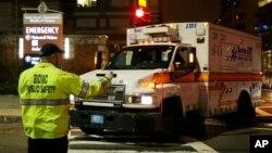 Xe cứu thương chở nghi can Dzhokhar Tsarnaev, 19 tuổi tới trung tâm y tế Beth Israel ở Boston, ngày 19/4/2013.