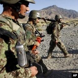 هێزهکانی ئهفغانسـتان و ئێران به یهکدادهدهن