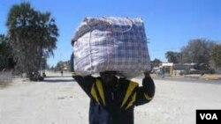 Omunye weziphepheli ezisenkambeni yeDukwi Refugee Camp