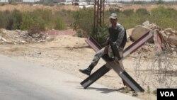 Pasukan penjaga perbatasan Mesir di Rafah.