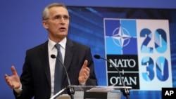 ເລຂາທິການໃຫຍ່ອົງການ NATO ກ່າວຄຳປາໄສໃນລະຫວ່າງກອງປະຊຸມຖະແຫຼງຂ່າວ ກ່ອນກອງປະຊຸມລັດຖະມົນຕີປ້ອງກັນປະເທດ NATO ຢູ່ສຳນັກງານໃຫຍ່ອົງການ NATO, ນະຄອນຫຼວງ ບຣັສໂຊລສ໌, ປະເທດ ແບລຈຽມ. 15 ກຸມພາ, 2021.