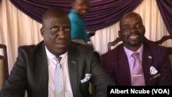 UMayor weGwanda uMnu Jastone Mazhale (osesandleni sokhohlo).
