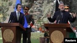 افغان صدر حامد کرزئی اور نیٹو کے سیکرٹری جنرل راسموس کی کابل میں مشترکہ پریس کانفرنس